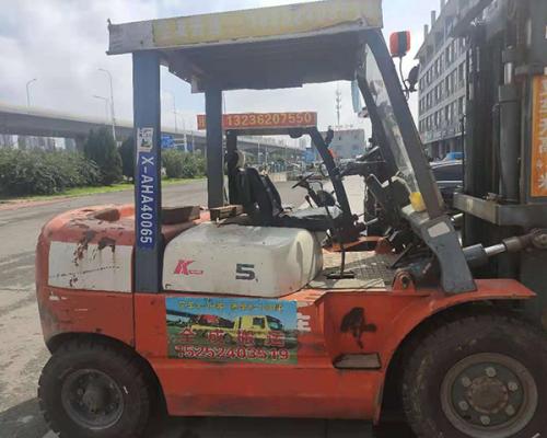 江苏叉车5吨出租